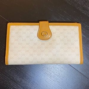 Vintage GUCCI Canvas Leather Trim Bifold Wallet